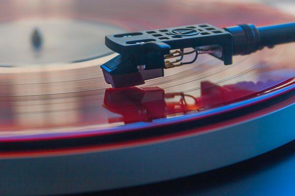 vinyl-bg